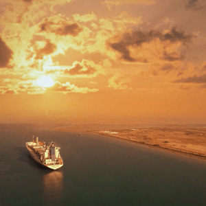 مستند تخت جمشیدی بر کرانه خلیج